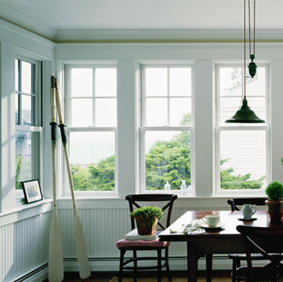 400 Series Woodwright® Double-Hung Windows